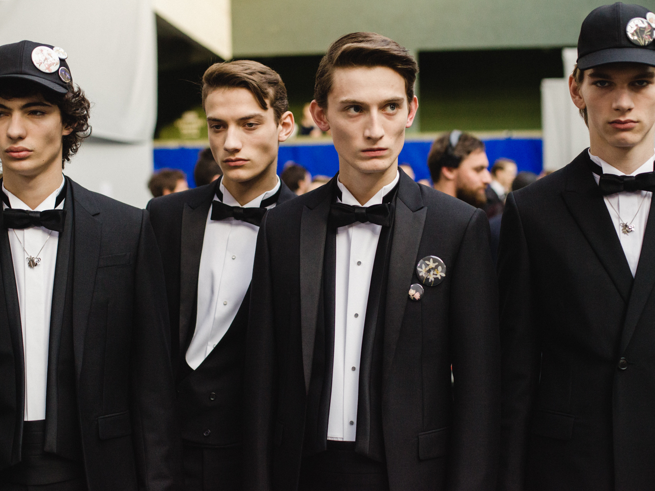 dior homme leads a new theatrical era of men's shows - i-D