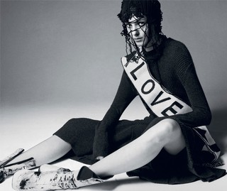 celebrate-love-in-the-i-d-archives-this-valentines-day-body-image-1423851316