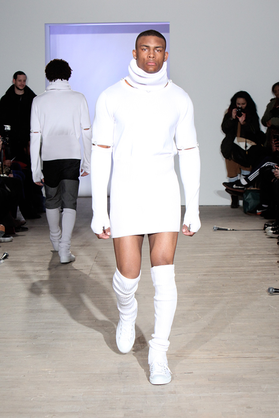 Quiero un hombre vestido de mujer