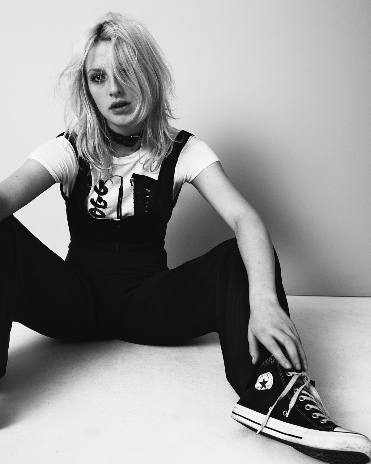 a7899fb37c54 Harriet wears all clothing model s own. Trainers Converse Chuck Taylor All  Star.