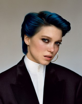 Léa Seydoux with blue hair in i-D magazine in 2012