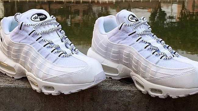 buy popular 37cd9 70418 nike and stussy team up to recreate the air max 95