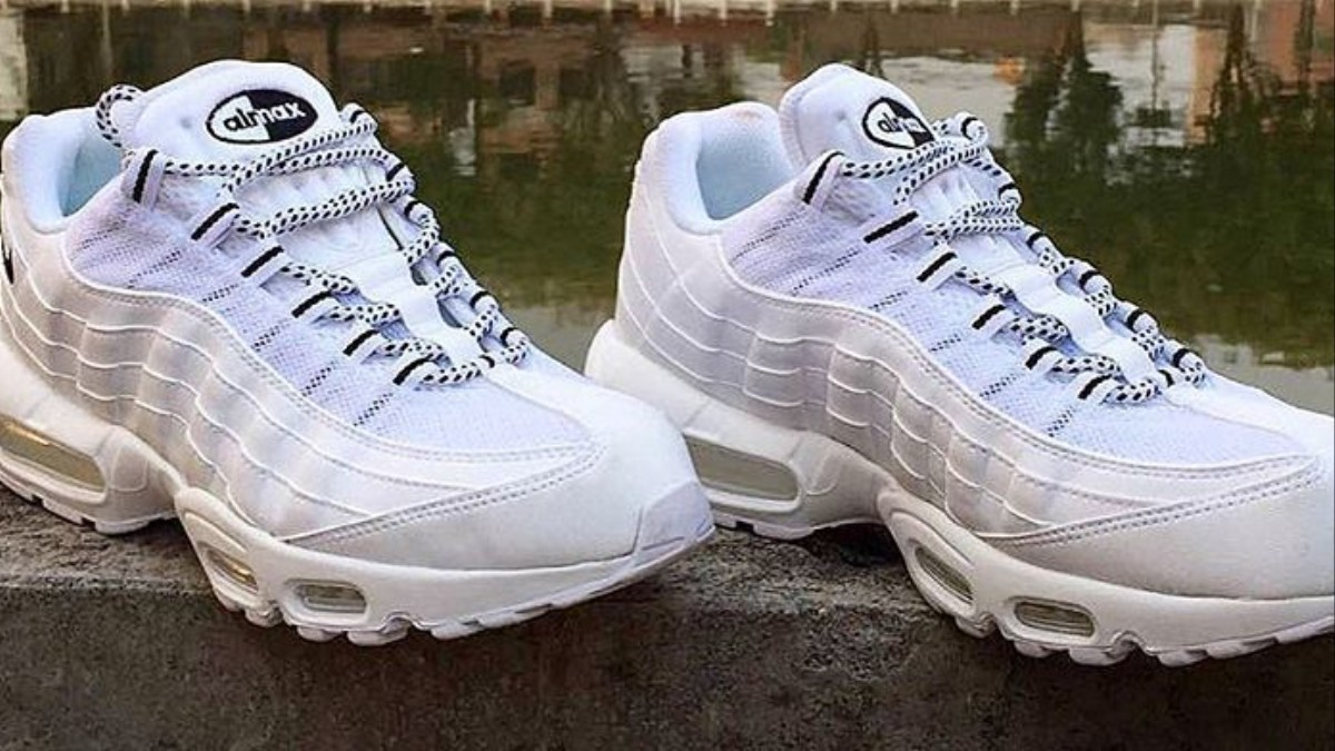 buy popular 5bd1f cd185 nike and stussy team up to recreate the air max 95