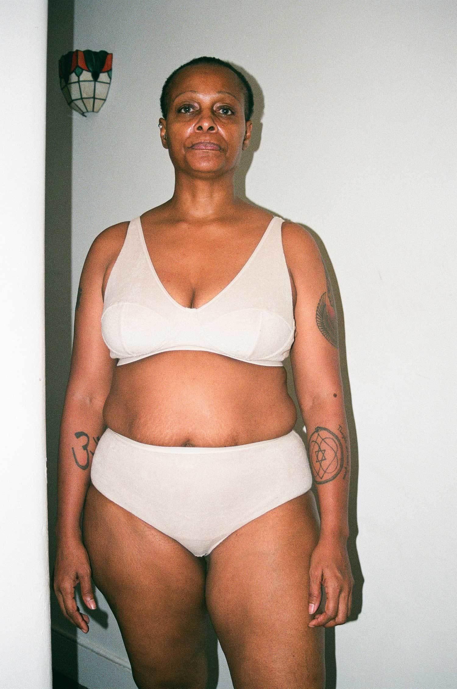 Muscoloso nero lesbiche