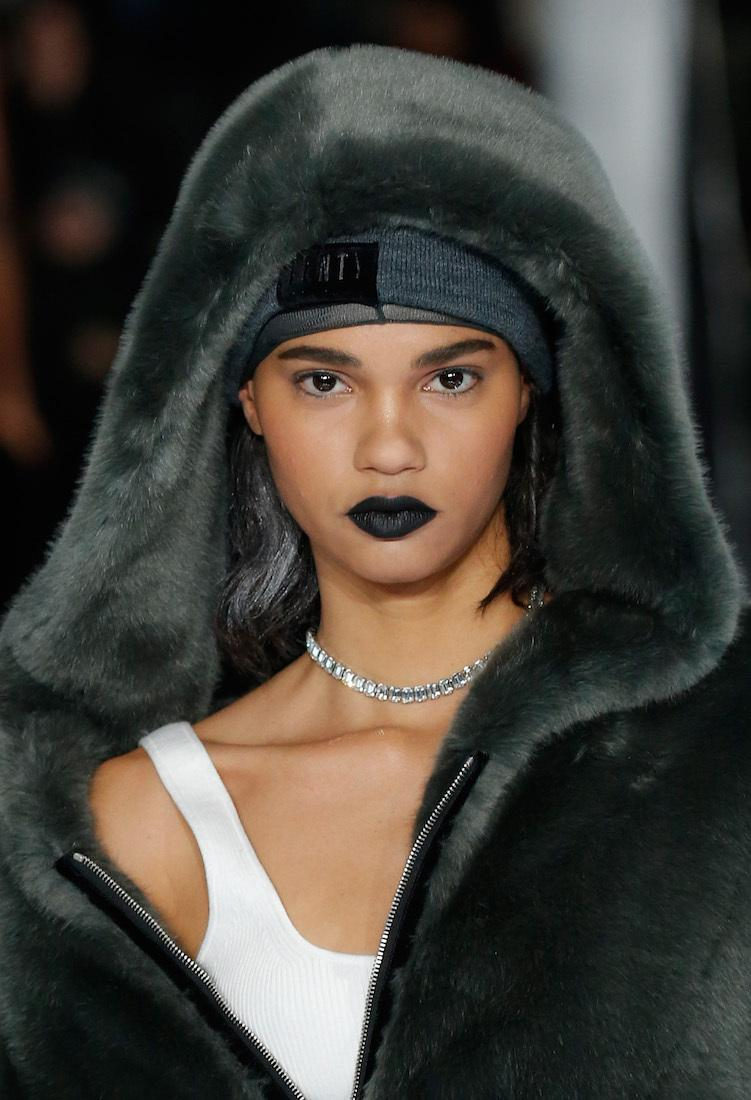 Rihanna's new puma col... Rihanna's