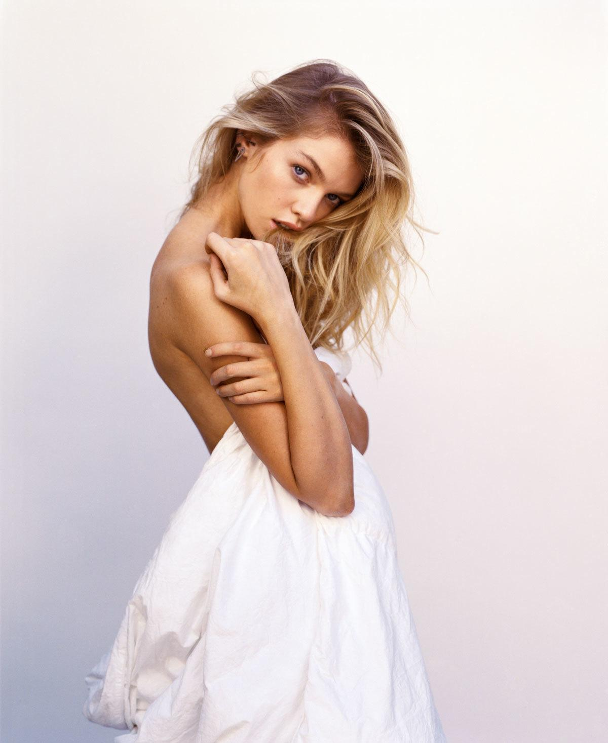 for stella maxwell individuality is a must, not a maybe | read | i-D