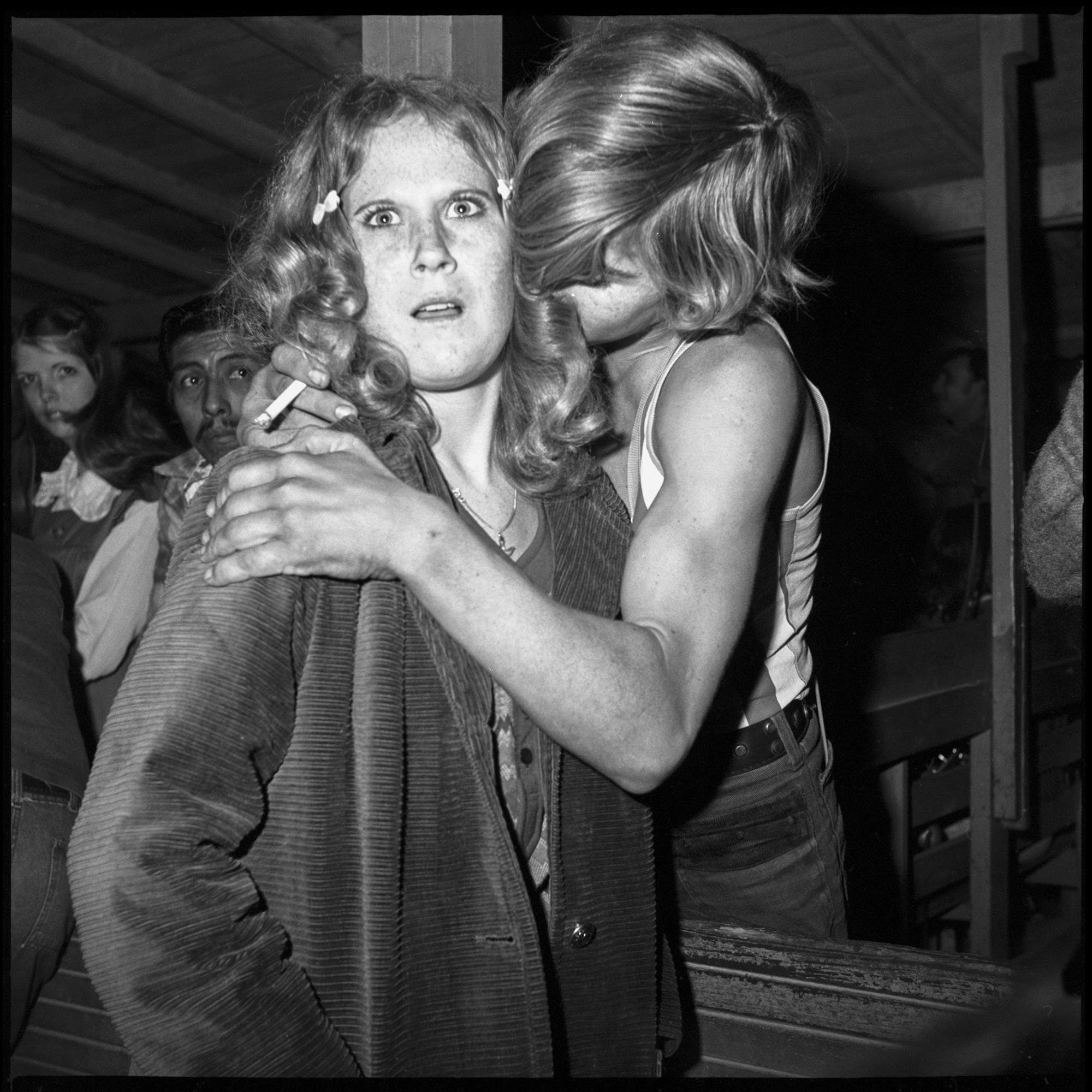 Roller skates in the 70s - Long Lost Photographs Of Southern 70s Roller Rink Teens