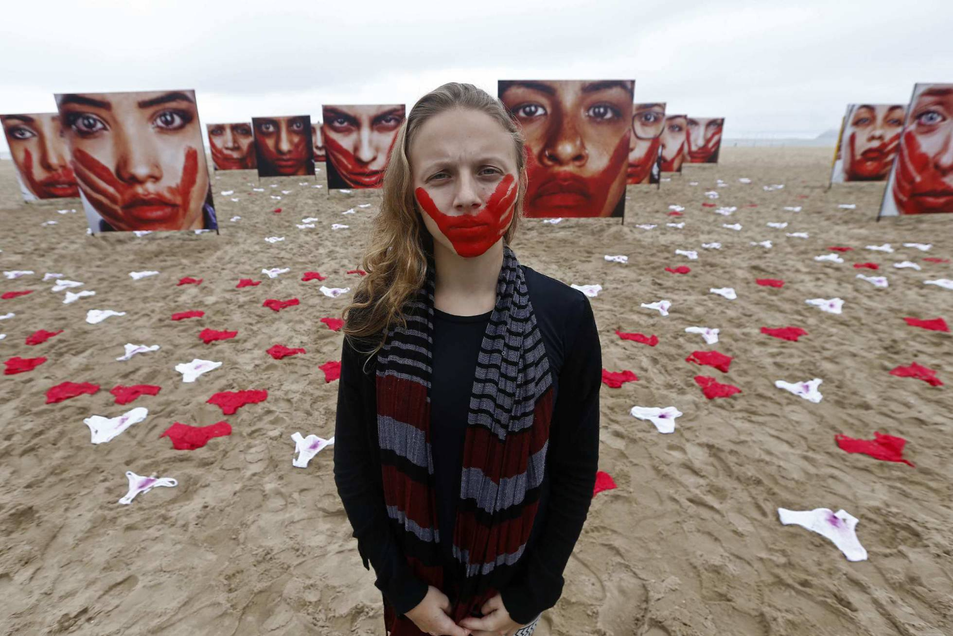 Afbeeldingsresultaat voor verkrachting op het strand