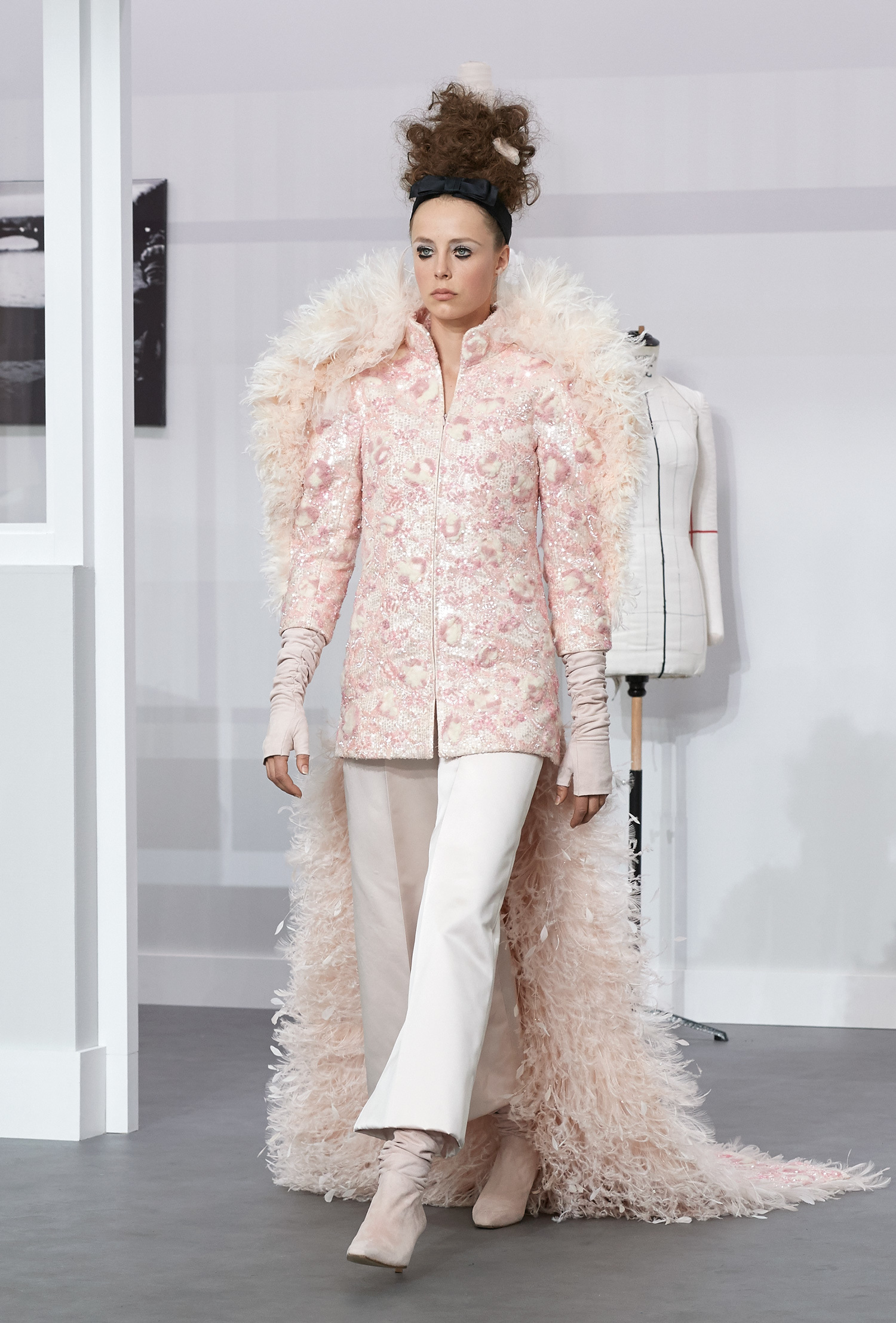 behind every great man: chanel at paris couture - i-D