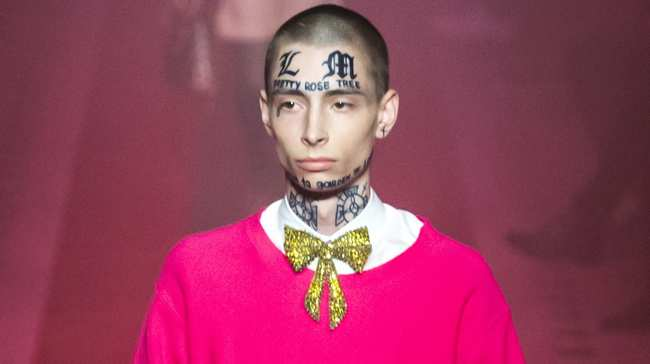 Face Tattoos In Fashion A Controversial History I D