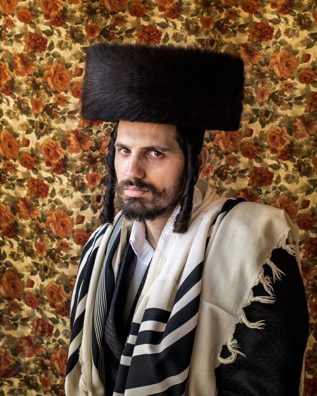 Intimate Portraits Of An Orthodox Jewish Family Read I D