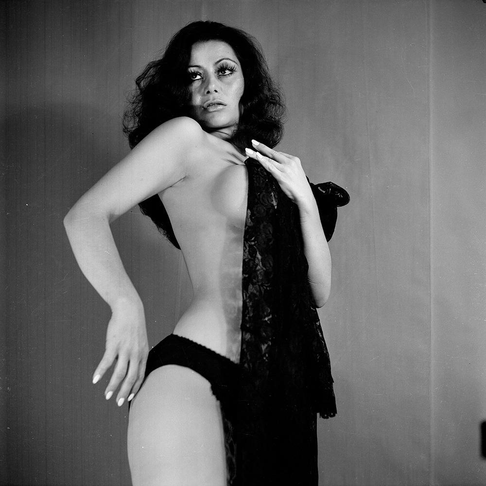 Carmen montes nude - 3 part 1