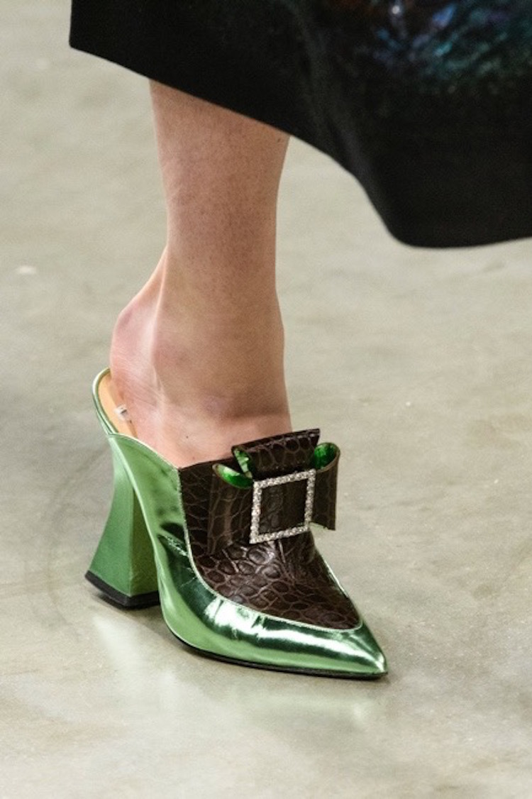 Shoe Salesman S Vice