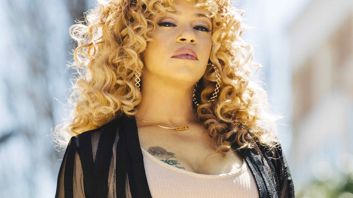 faith evans still communicates with the spirit of her late