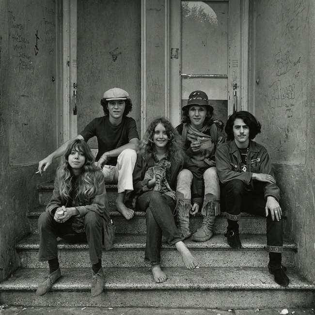Striking Portraits Of Counterculture Teens In 60s San Francisco