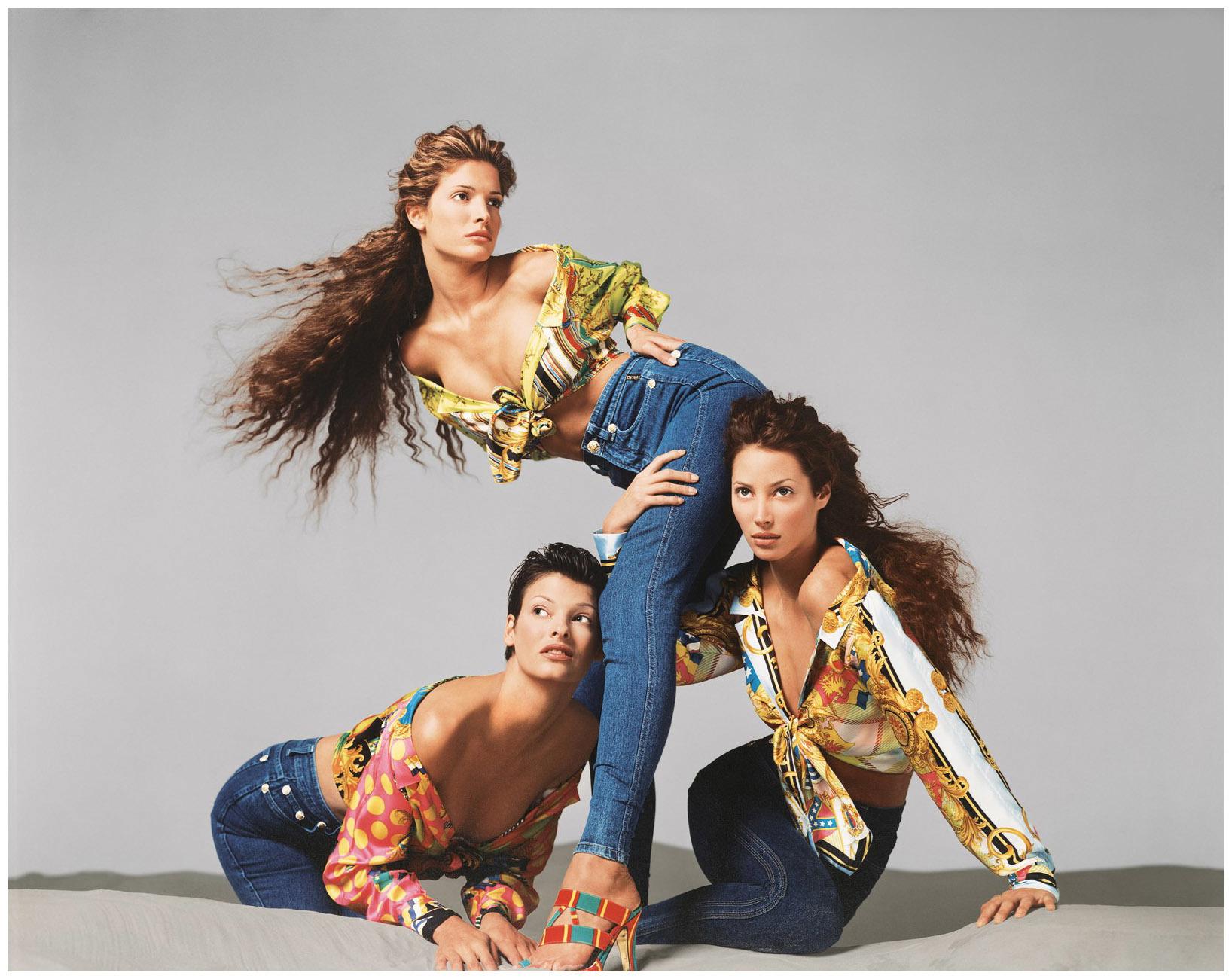 cómo gianni versace redefinió los pilares de la moda para siempre - i-D