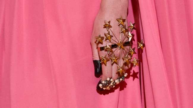 Jenny Longworth Designs Incredible Nails For Rihanna And Gucci I D