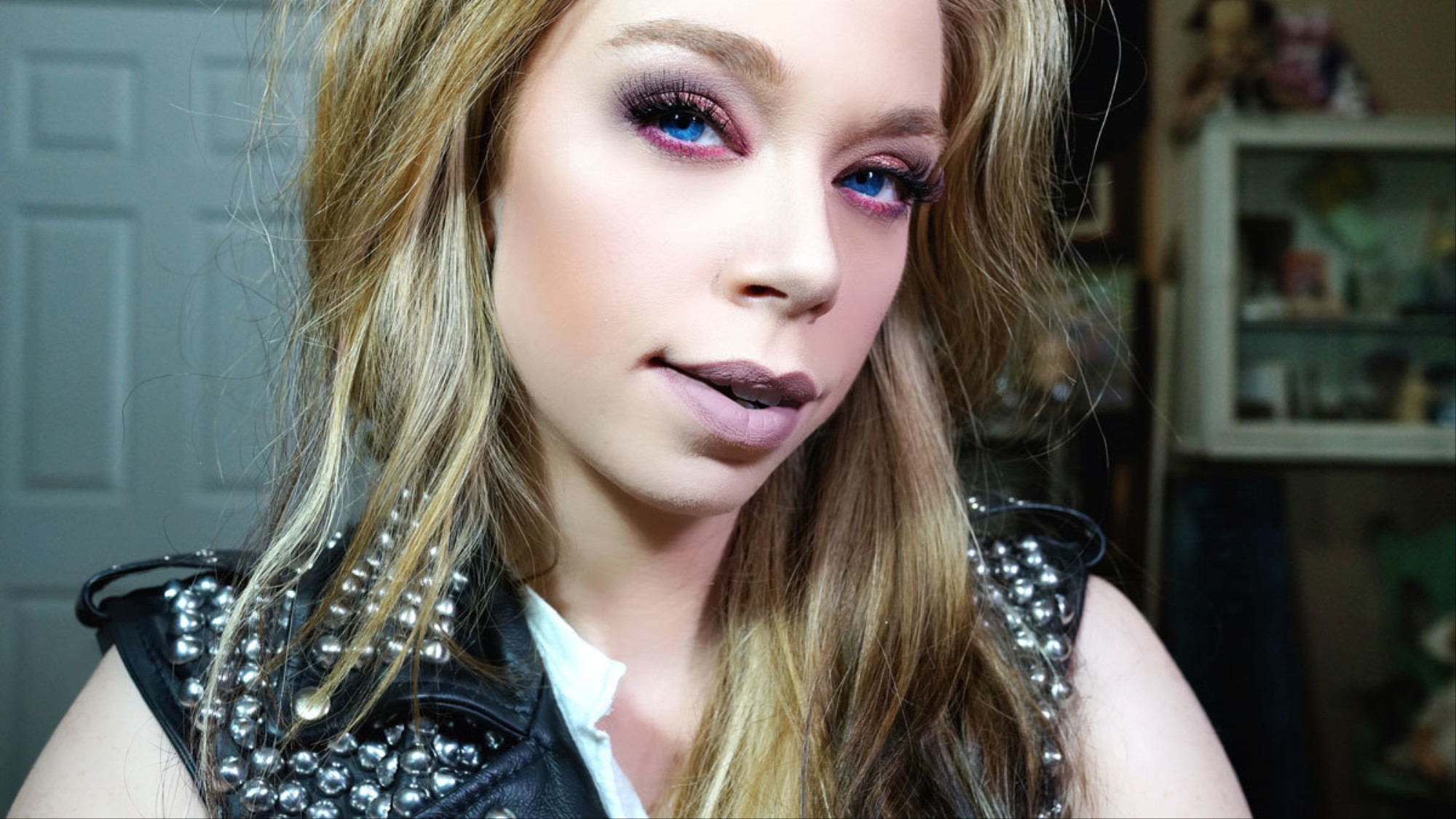 the truth about vlogging with bunny meyer aka grav3yardgirl - i-D