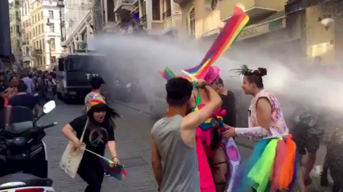 marching with tears in our eyes at istanbul pride
