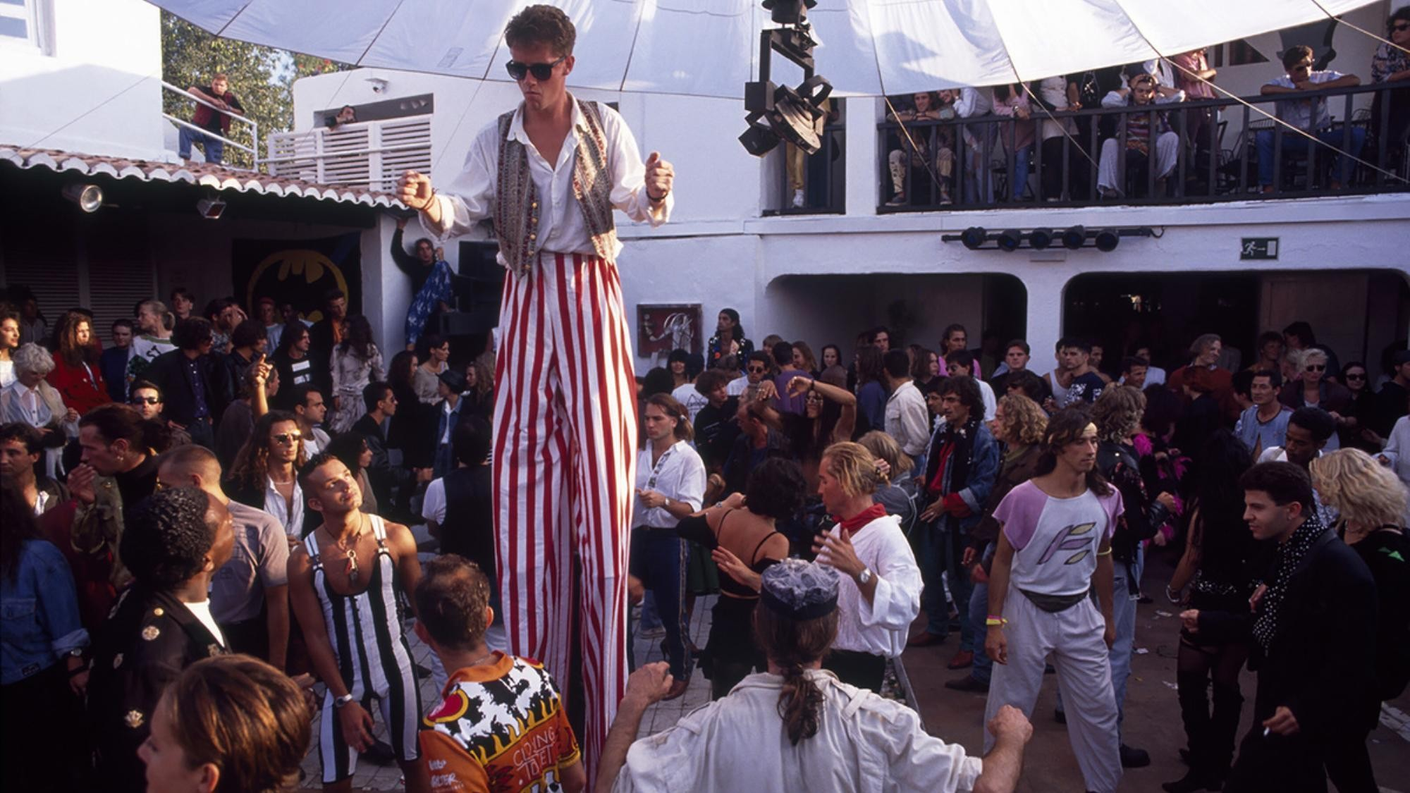 ibiza style: its roots, its origins, and its realities