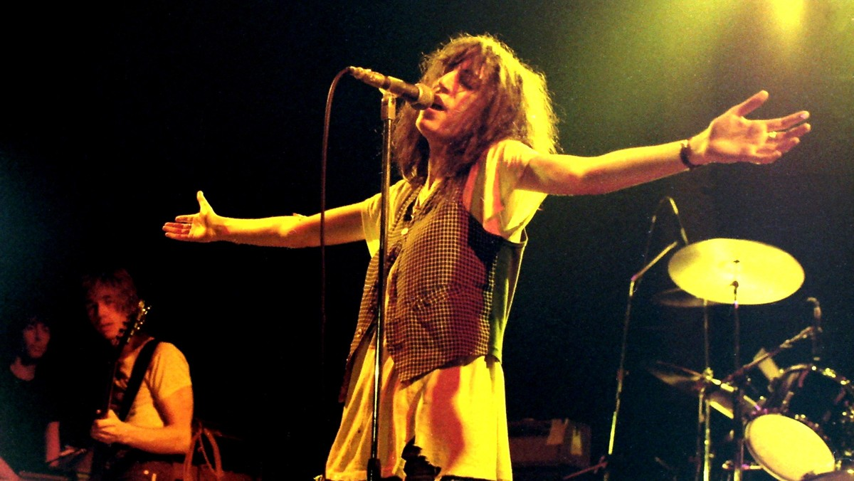patti smith reunited with clothes that were stolen from her 36 years ago