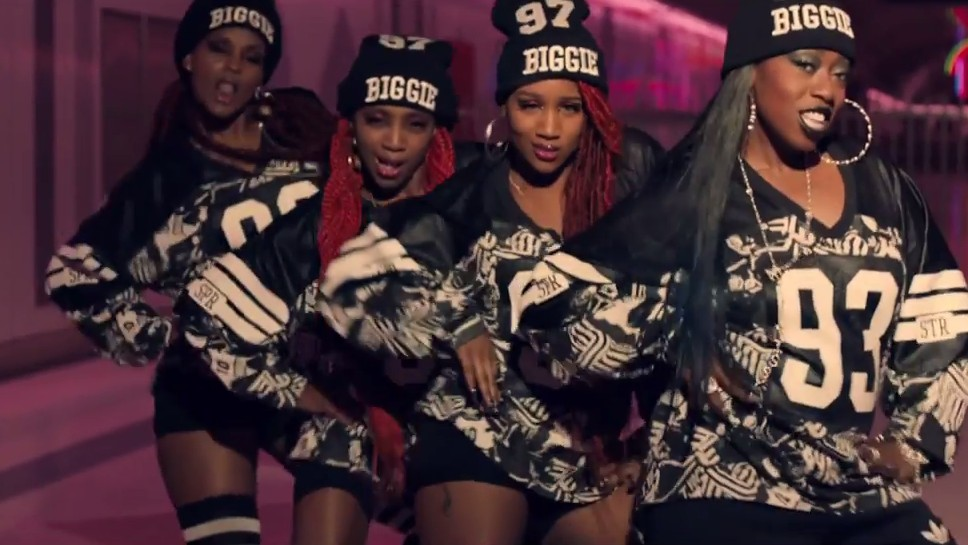 the most major looks from missy elliott's 'wtf' video