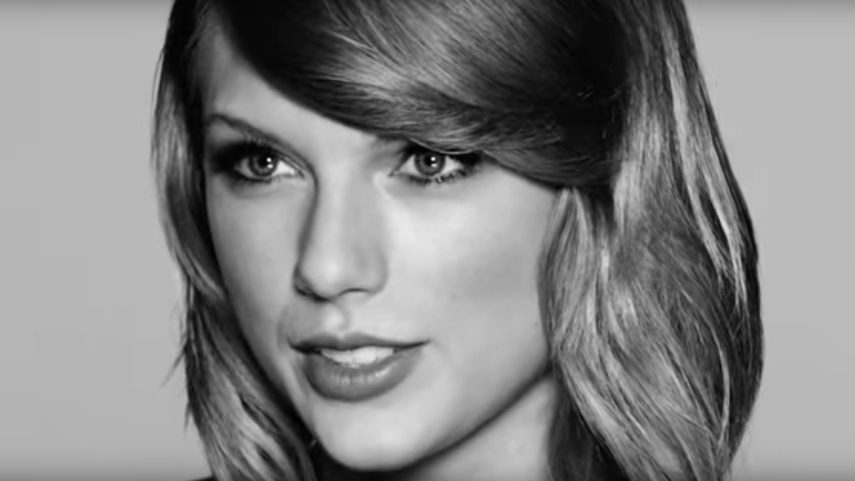 taylor swift essay topic I need to write a 5 paragraph essay about a famous singer and i have chosen taylor swift how ever im confused about how to start it if it needs to be 5.