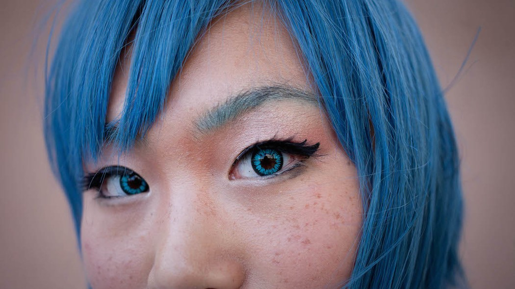 the strange (semi-illegal) world of eye color changing surgery - I-D
