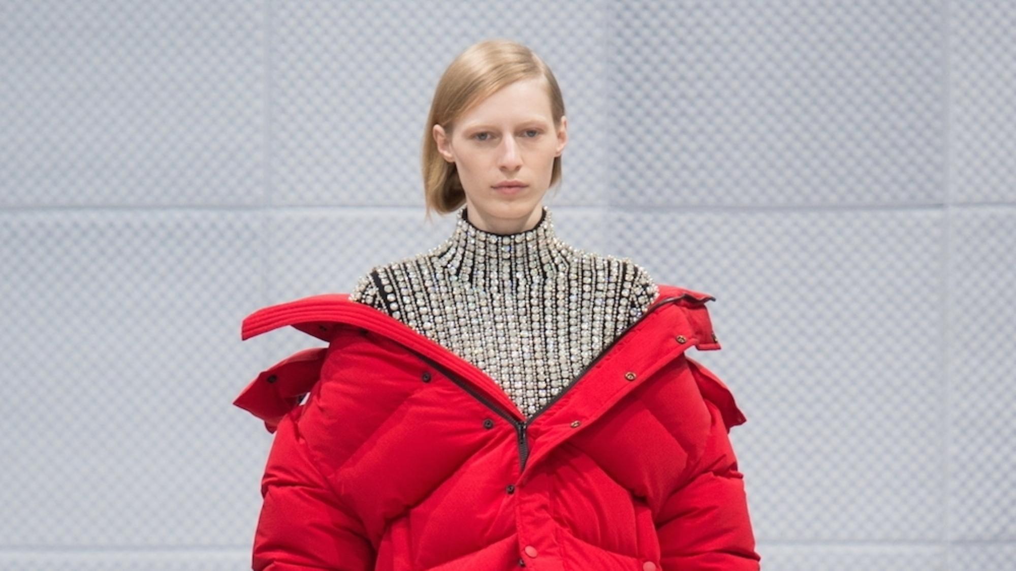 Manteau rouge c et a