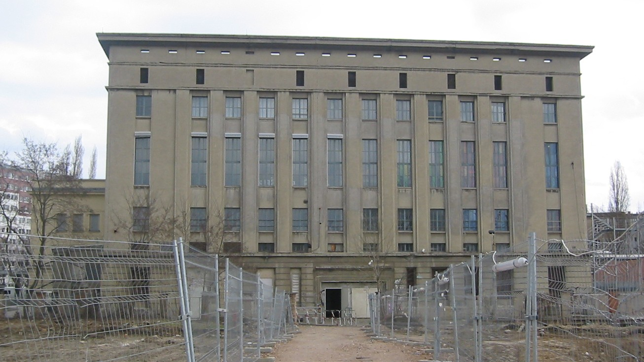 berghain was struck by lightning so everyone took their clothes off
