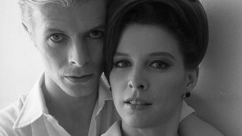 The man who fell to earth s candy clark talks bowie behind the scenes