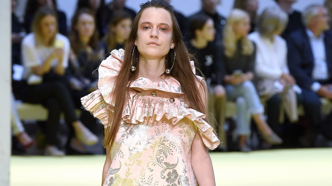 rebel girl, you are the queen of my world: marques'almeida spring/summer 17