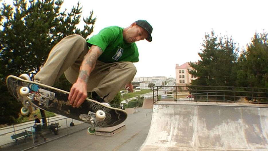 professional skateboarding's first openly gay man has come out
