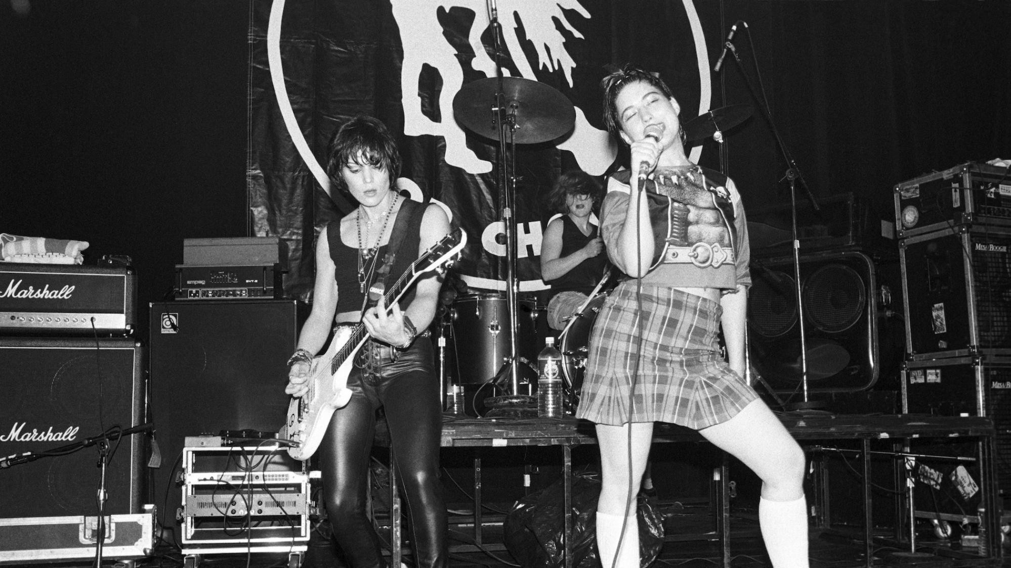 ​kathleen hanna and perfect pussy's meredith graves are in conversation live at 4pm