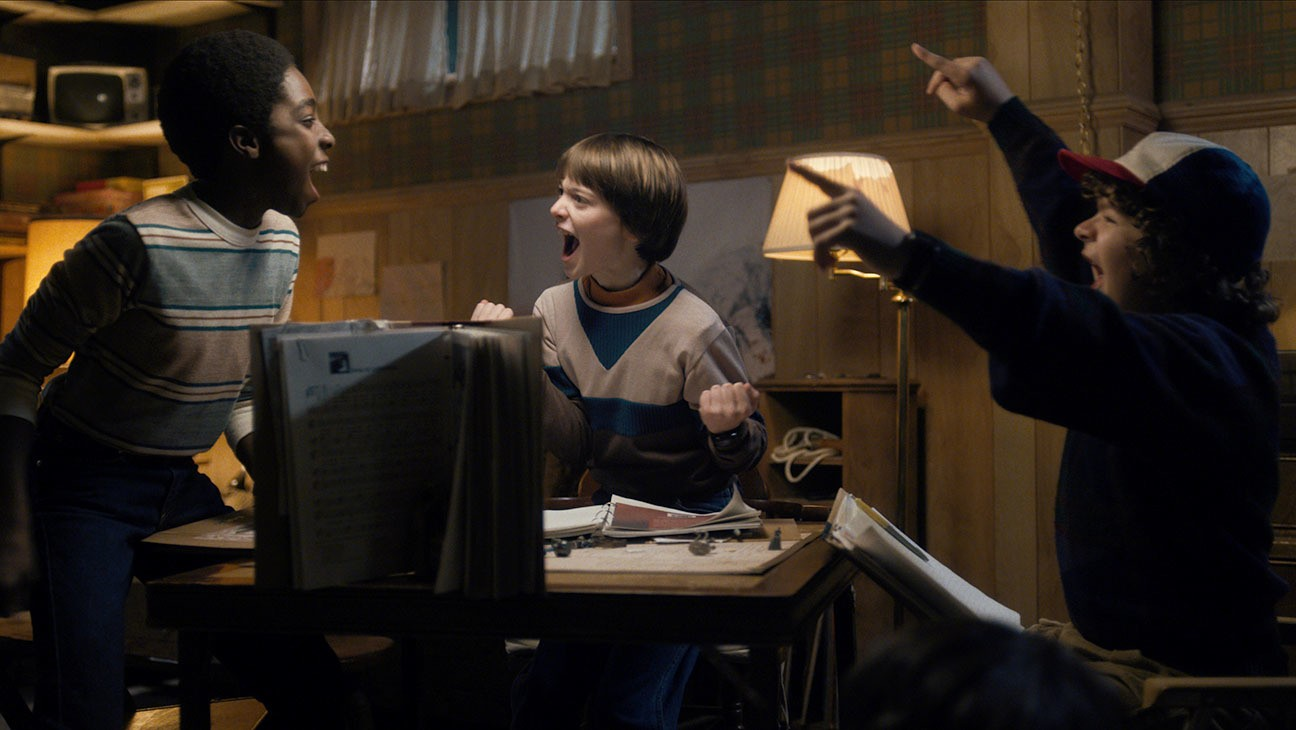 is will byers gay? stranger things actor noah schnapp discusses his character's sexuality