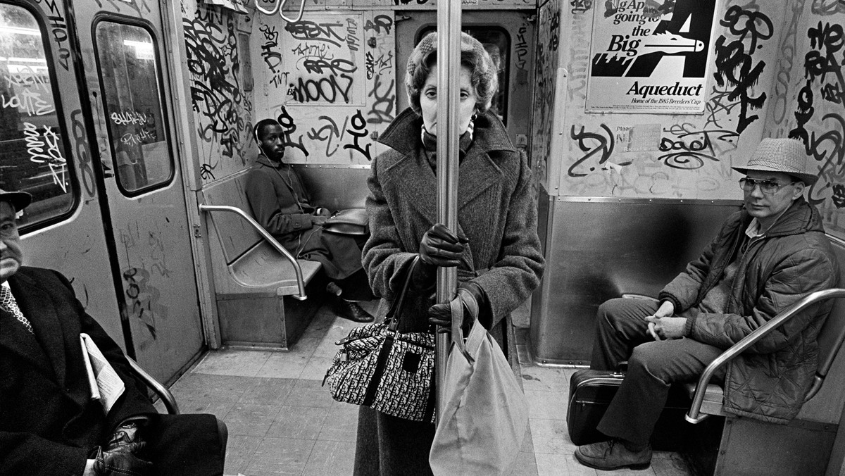 richard sandler has been photographing new york street life for decades