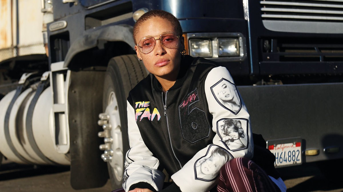 ​adwoa aboah pays homage to the supermodels of the 90s in a new the fan collection