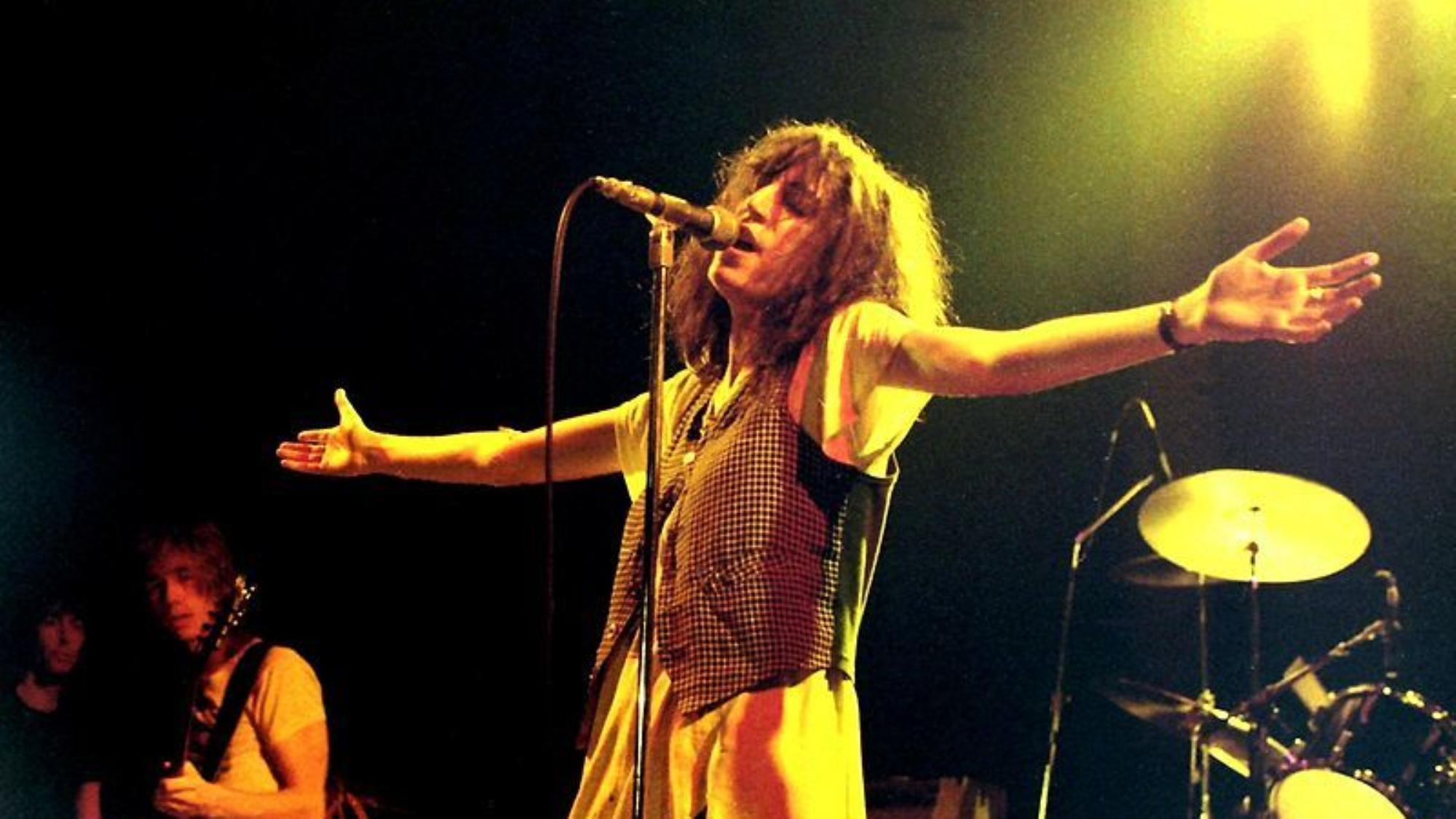 patti smith wrote a wonderful essay about fumbling her bob dylan
