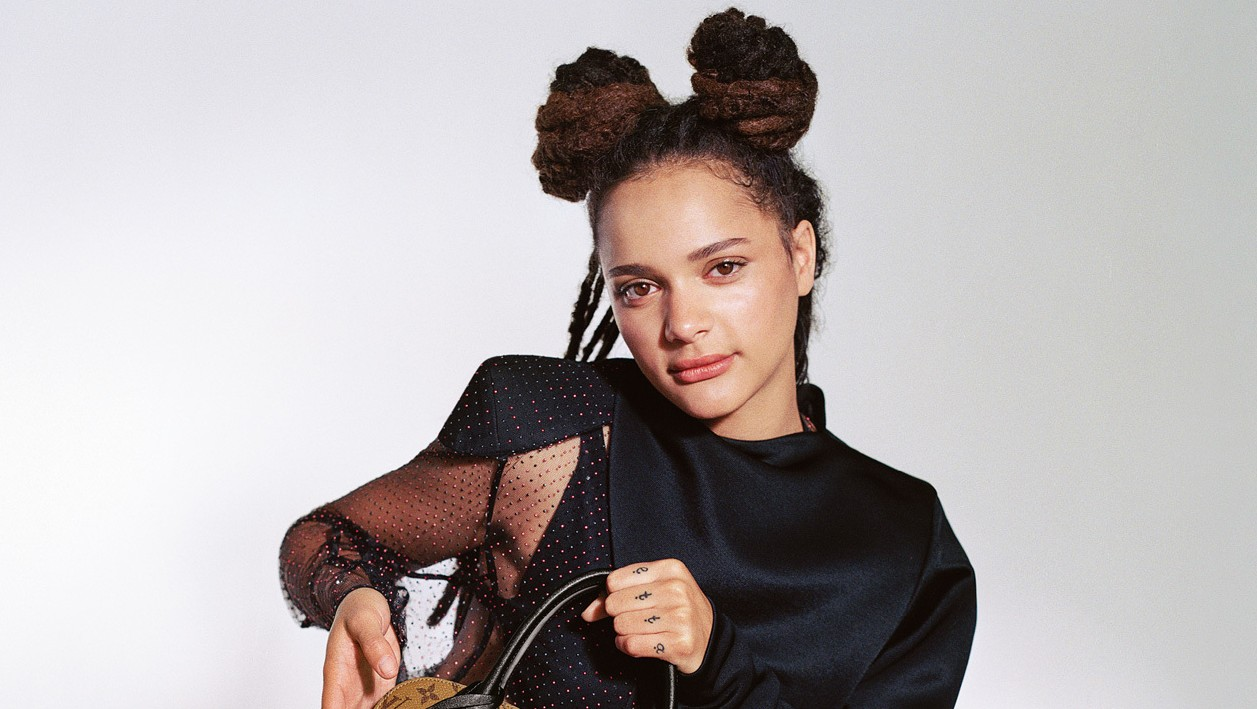 ​i-D cover star sasha lane fronts the louis vuitton spring/summer 17 campaign