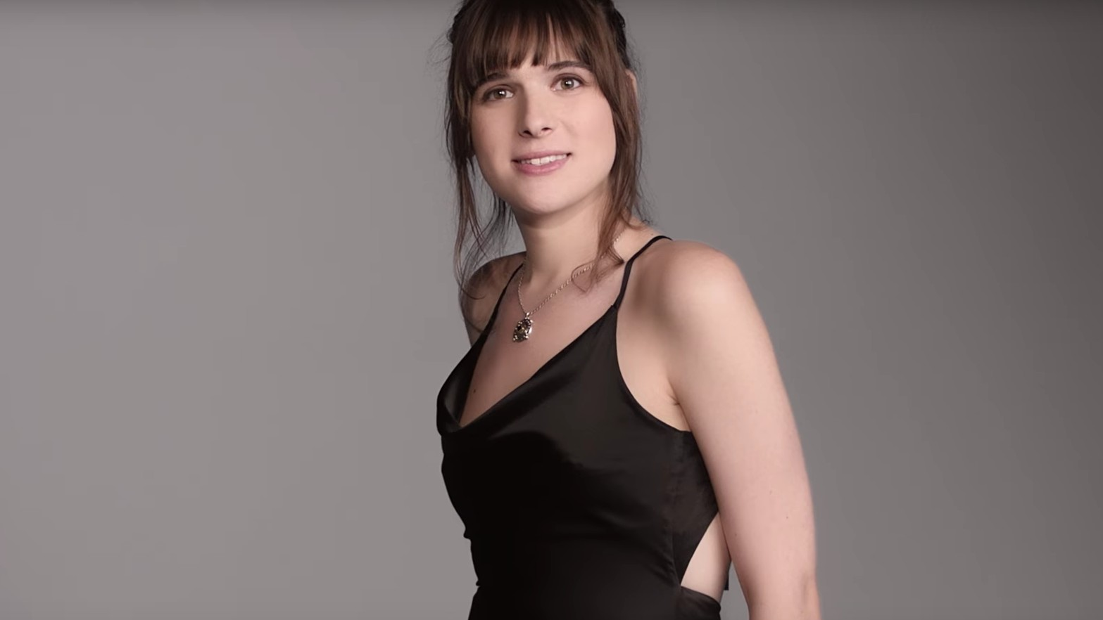 hari nef is the new face of l'oreal