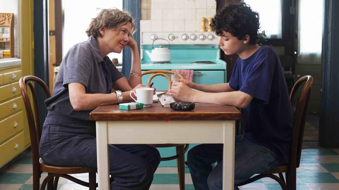what breakout teen star lucas jade zumann learned from mike mills