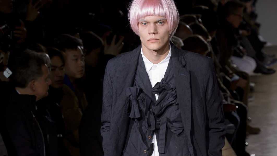 throw a little glitter on it: day three of paris men's shows