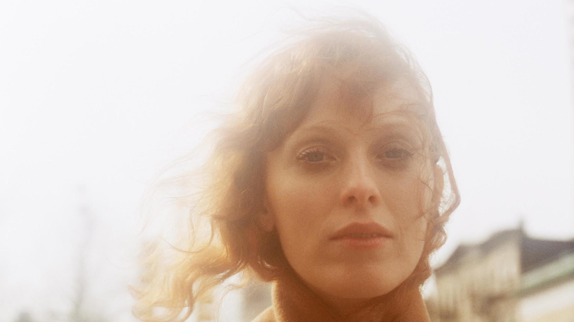 karen elson on stevie nicks, songwriting, and standing on her own