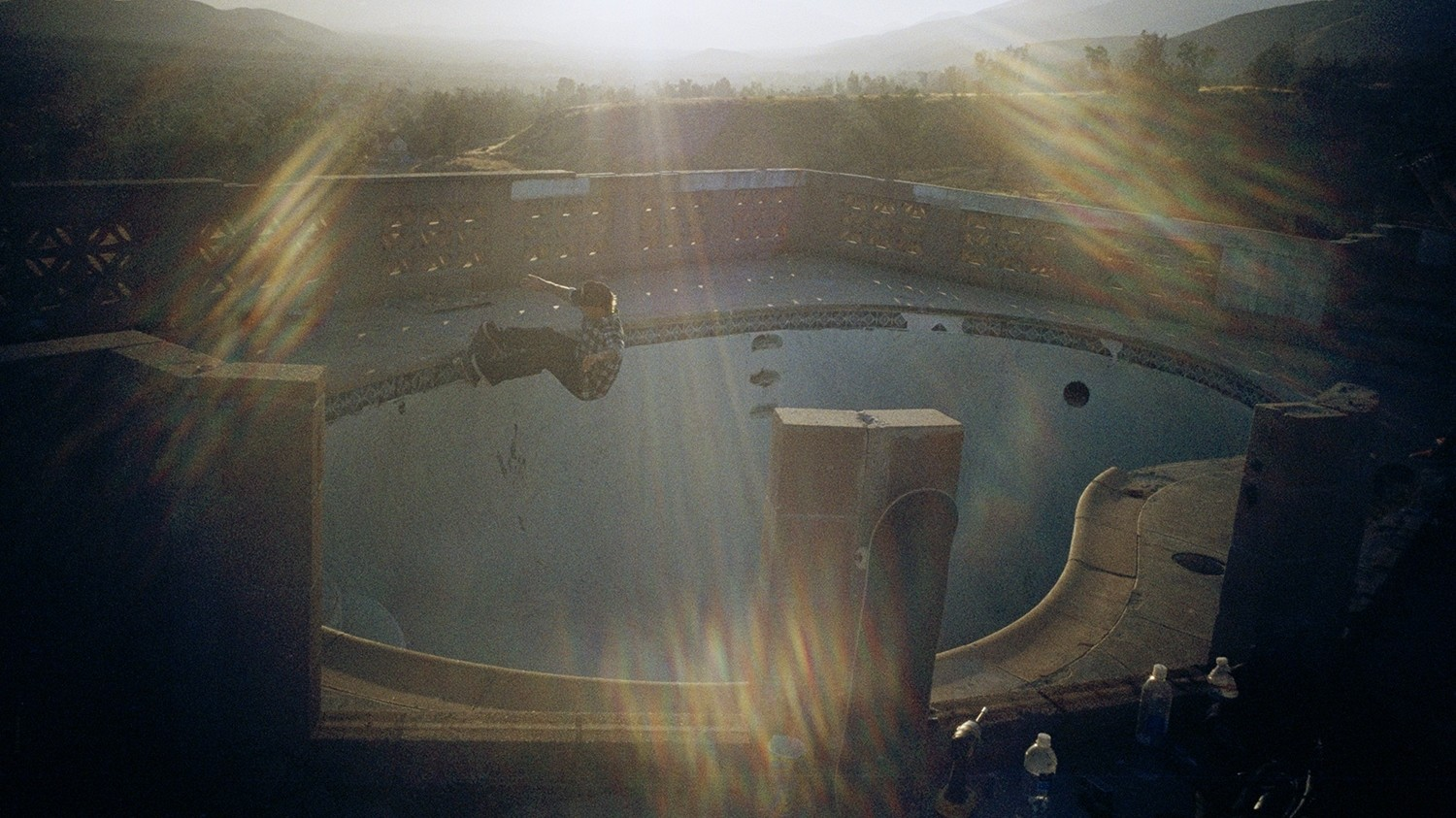 skater tino razo's sun-drenched photos of abandoned l.a. pools
