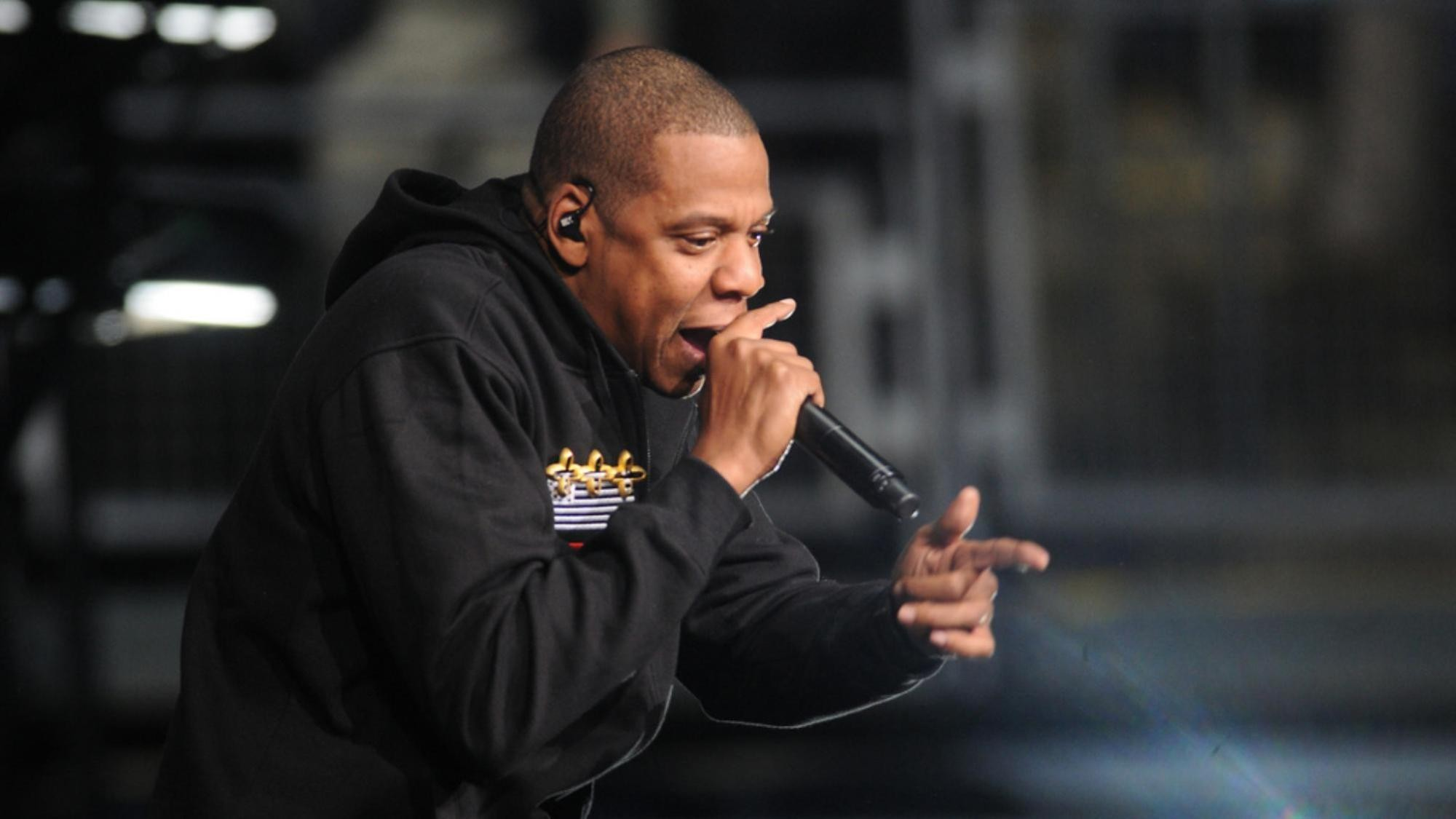 jay z is the first rapper to enter the songwriters hall of fame