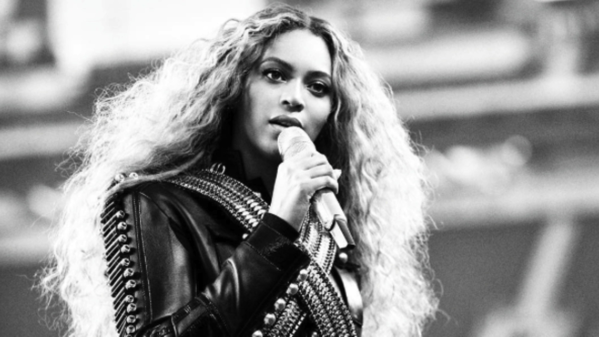 beyoncé postpones coachella performance on doctor's orders