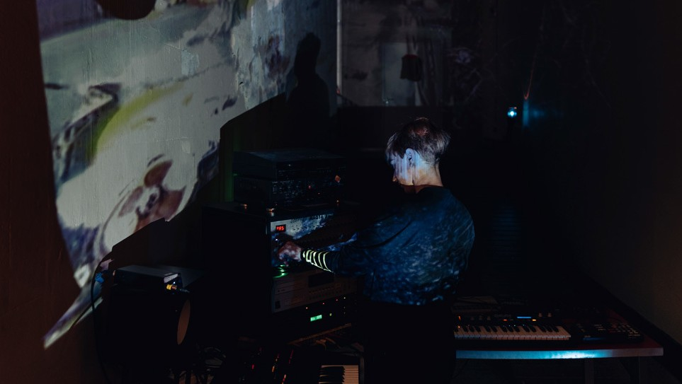 ​bunkerpop to bleakrave: lonelady brings her experimental manchester club night to london