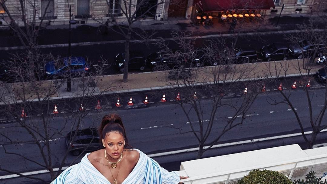 rihanna set to be honoured by top fashion school parsons