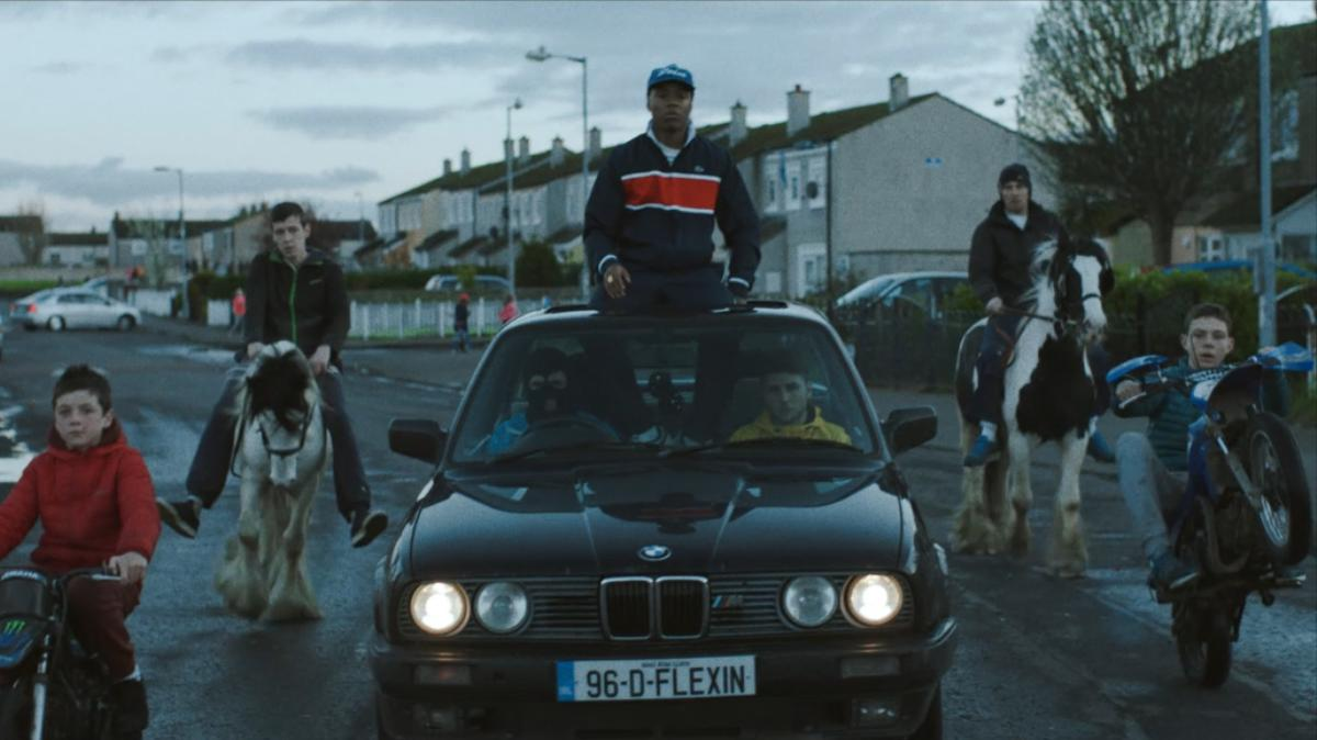 video premiere: watch rejjie snow joyride around dublin in 'flexin'
