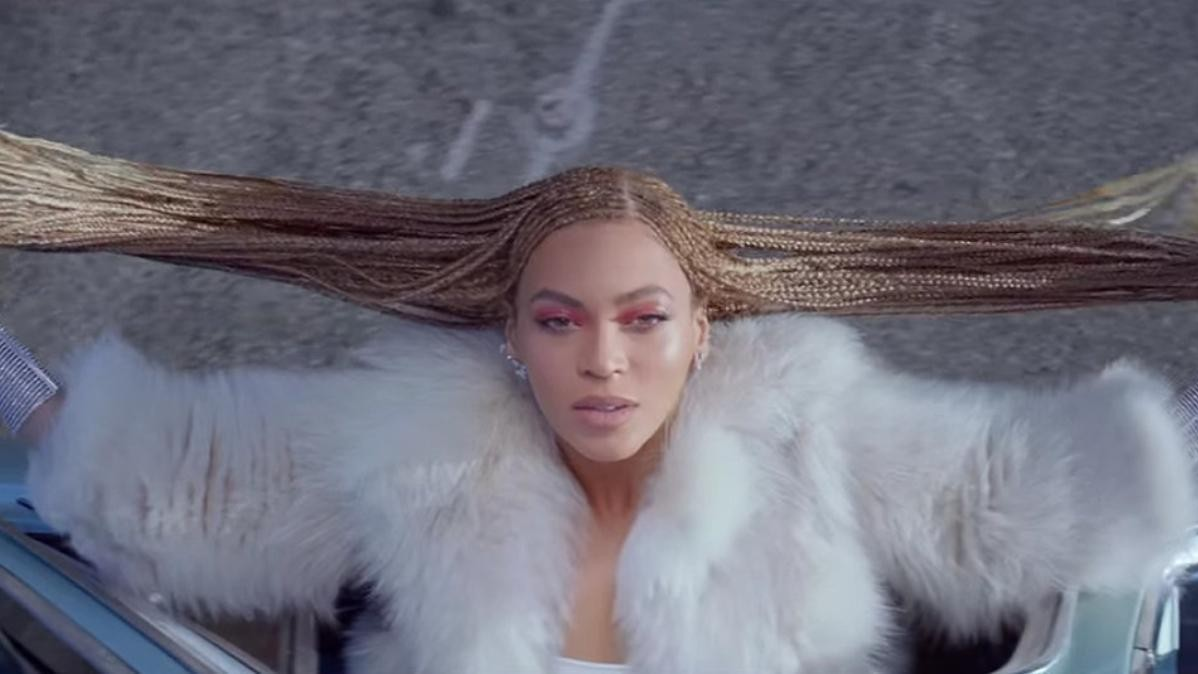 beyoncé announces new all-female scholarship fund
